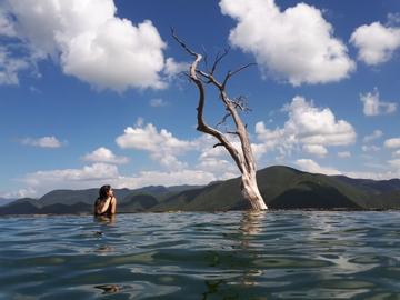Hierve el agua y su enorme paisaje