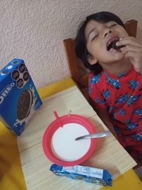 Disfrutando el desayuno